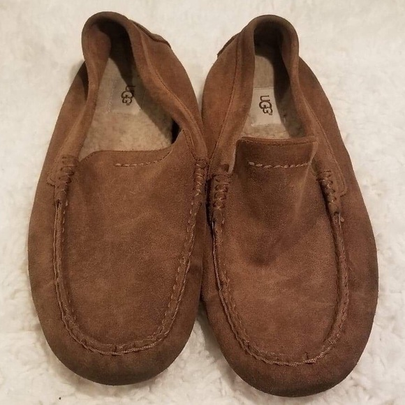 44e2fbcad36 Uggs men Henrick slip on shoes